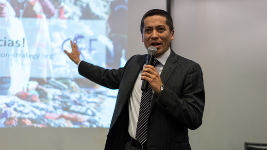 Deputy Minister of Strategic Development of Natural Resources of the Ministry of Environment, and CSF course graduate Fernando León speaking at the event in Lima on March 5th. Photo credit: Sociedad Peruana de Derecho Ambiental (SPDA)